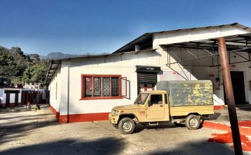While The Ruggist will not go so far as to say the facilities of Jan Kath are the unqualified best in Nepal, they do set an exceptionally high benchmark to be met. | Image by The Ruggist.
