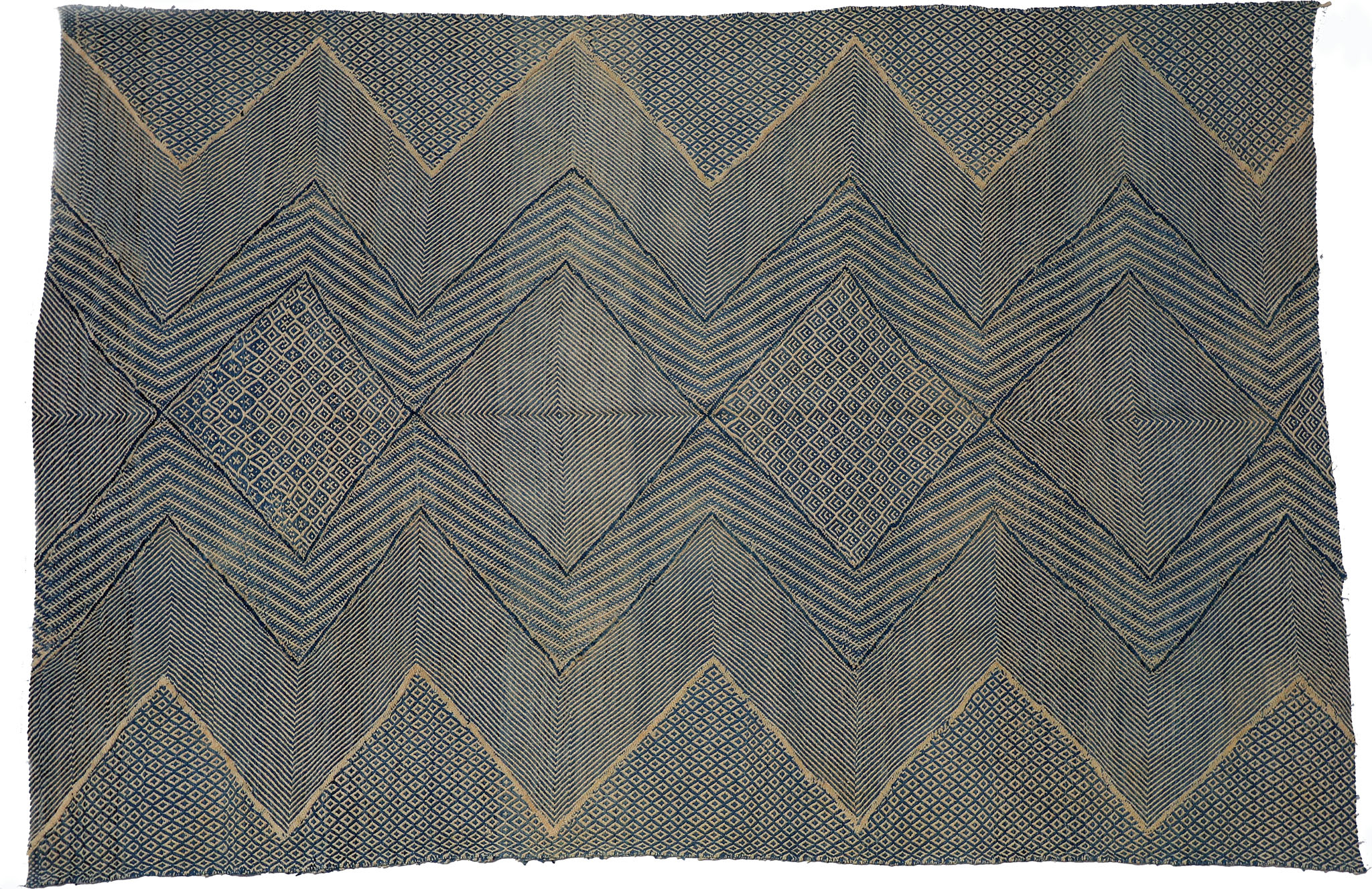 Un-Official Selection, Best Flatweave Design: 'Moroccan Kilim' by Bazar du Sud - bazardusud.com | Image courtesy of Bazar du Sud via Domotex.