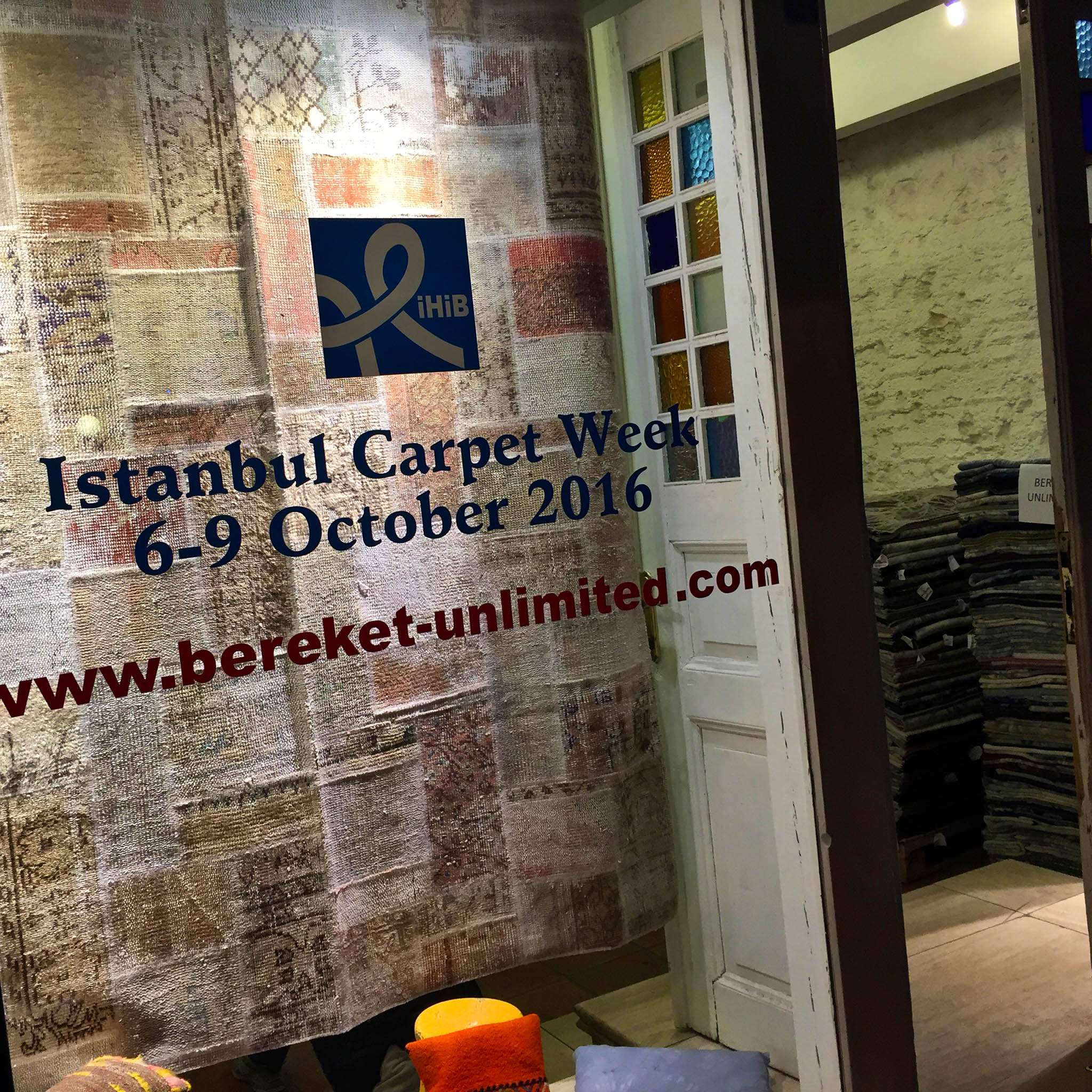 The window display of Bereket Unlimited in Istanbul, Turkey as it appeared in the Autumn of 2016 during Istanbul Carpet Week. | Image by The Ruggist.