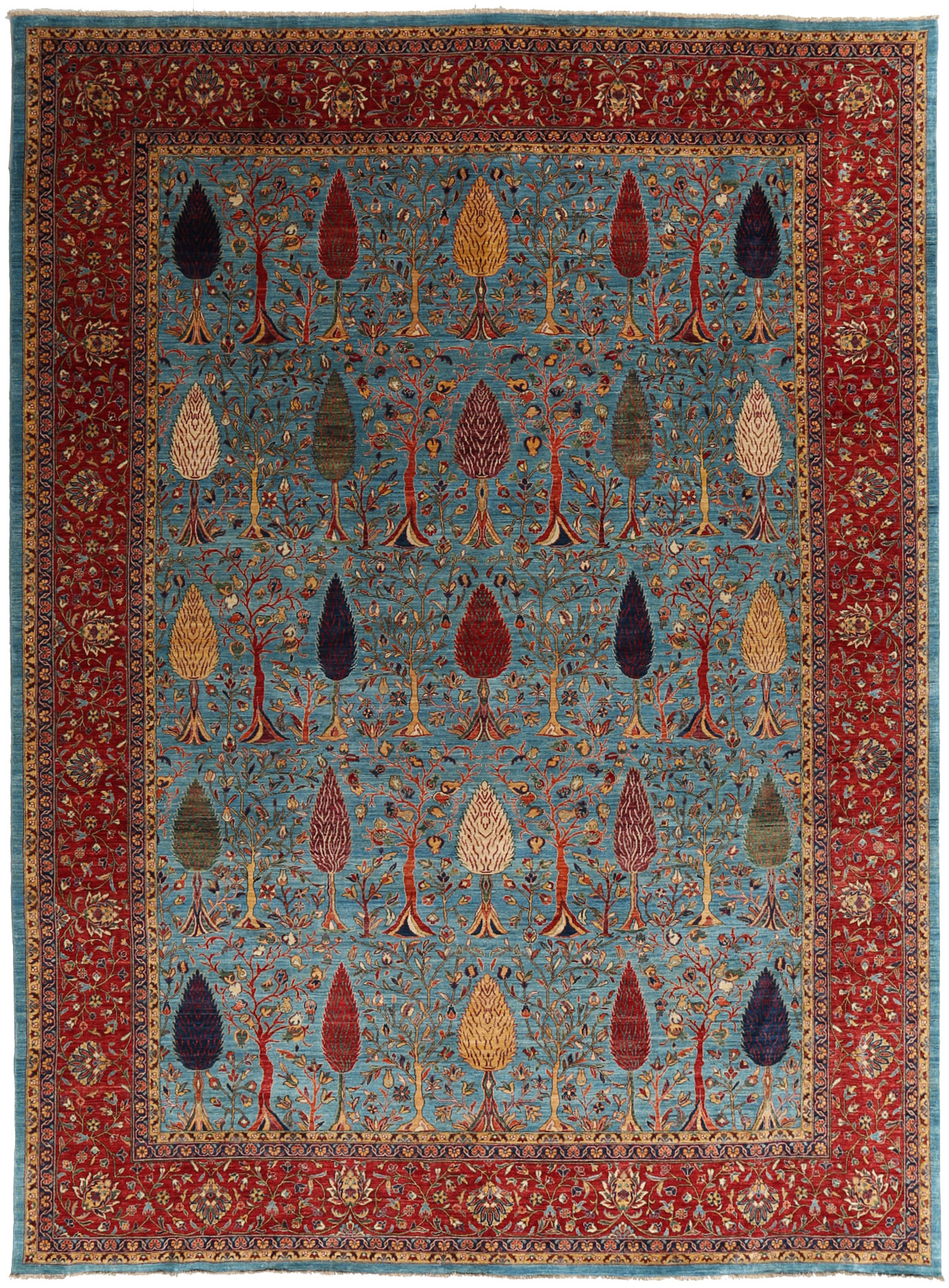 An example of a traditionally styled so-called Persian carpet from the selection of Cyrus Artisan Rugs. No matter the style of carpet one might imagine, an Interior Designer can help discern your true needs and wants allowing for optimal end results. | Image courtesy of Cyrus Artisan Rugs.
